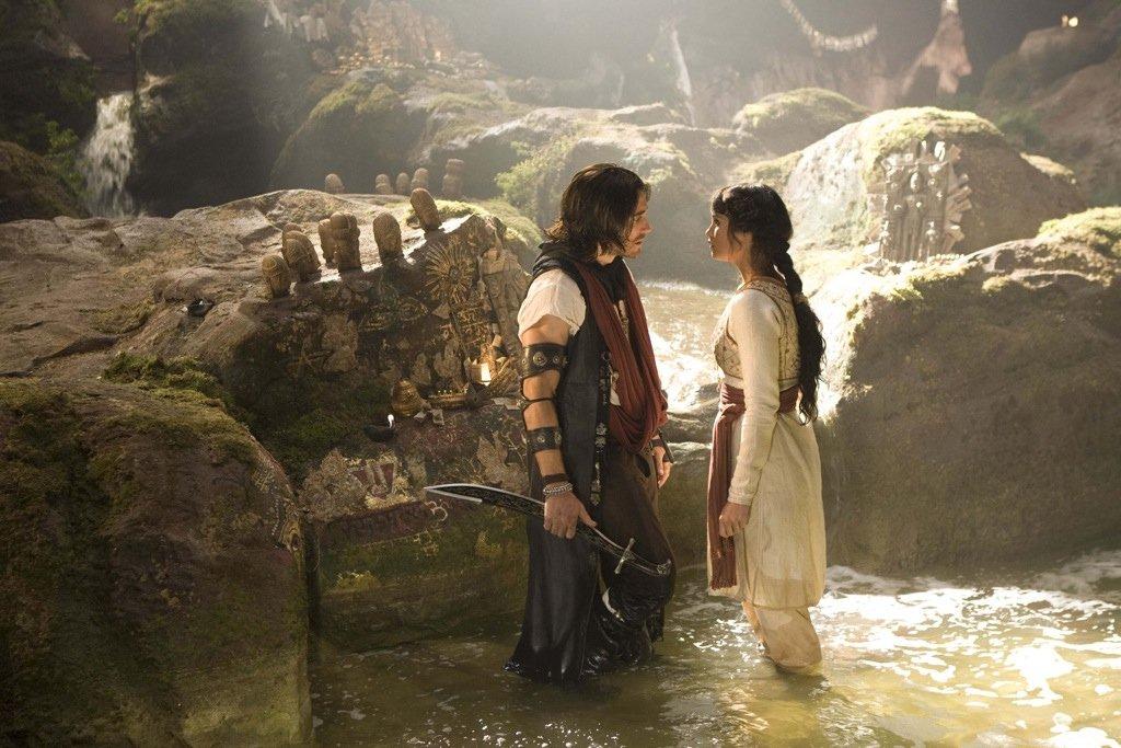 Gemma Arterton Y Jake Gyllenhaal En Prince Of Persia The Sands Of Time Moviehaku