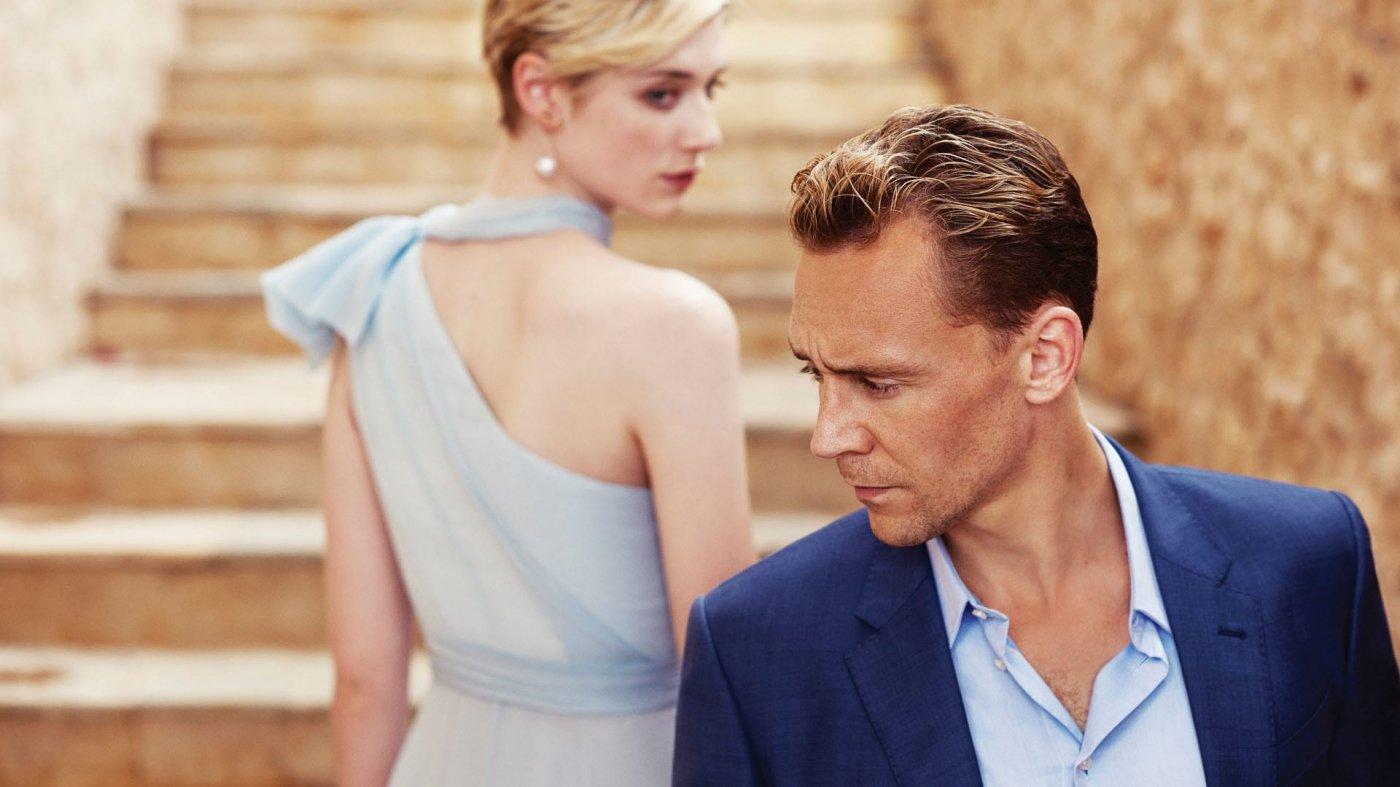 Elizabeth Debicki y Tom Hiddleston en The Night Manager   MovieHaku